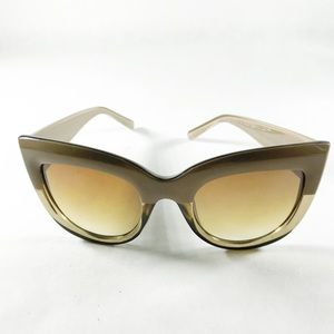 Cat Eye Oversized Tonal Sunglasses
